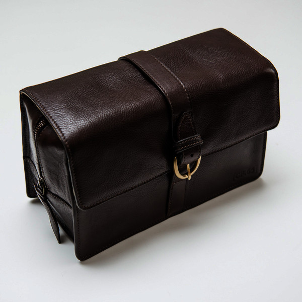 Captain Fawcett's Leather Wash Bag