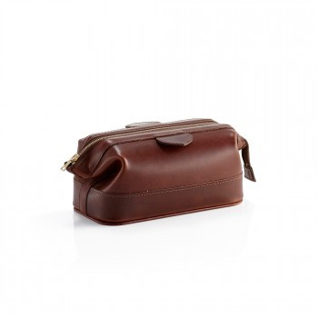 Pittards Daines & Hathaway Large Wash Kit Bag Brooklyn Chestnut Brown Leather