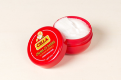 Cella Almond Shaving Cream 150ml