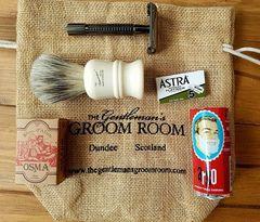 The Gentleman's Groom Room Traditional Shaving Starter Set