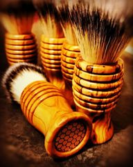 'Hive 1'  Olive Wood Beehive Shaving Brush