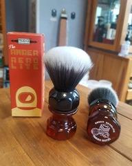 PAA Amber Aerolite Synthetic Shaving Brush